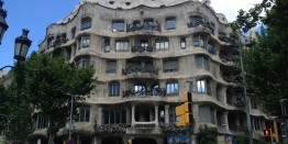 barcelona-373022_1280