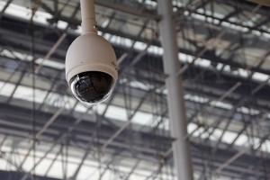 Una sentencia del Tribunal Constitucional da validez a la instalación de cámaras de seguridad sin el consentimiento previo de los trabajadores.