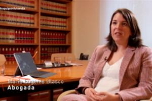 Mª Eugenia Blasco y Esther Shi en equipo de investigación de la sexta