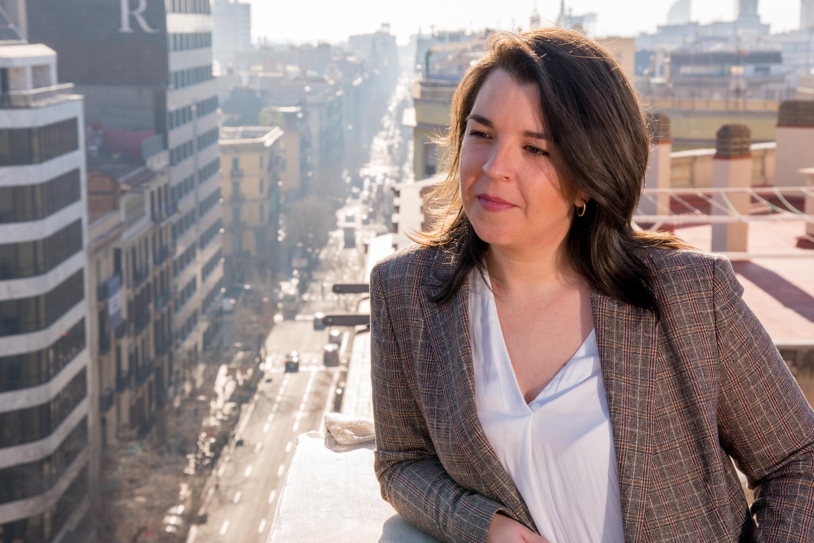 Mª Eugenia Blasco habla sobre la importancia de la comunicación multicultural en las empresas en Ràdio